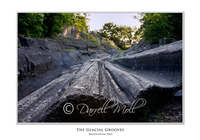 The Glacial Grooves